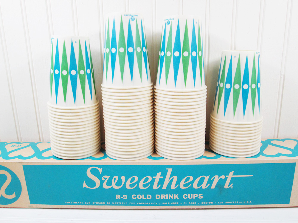 Vintage Sweetheart Wax Paper Cups In Box