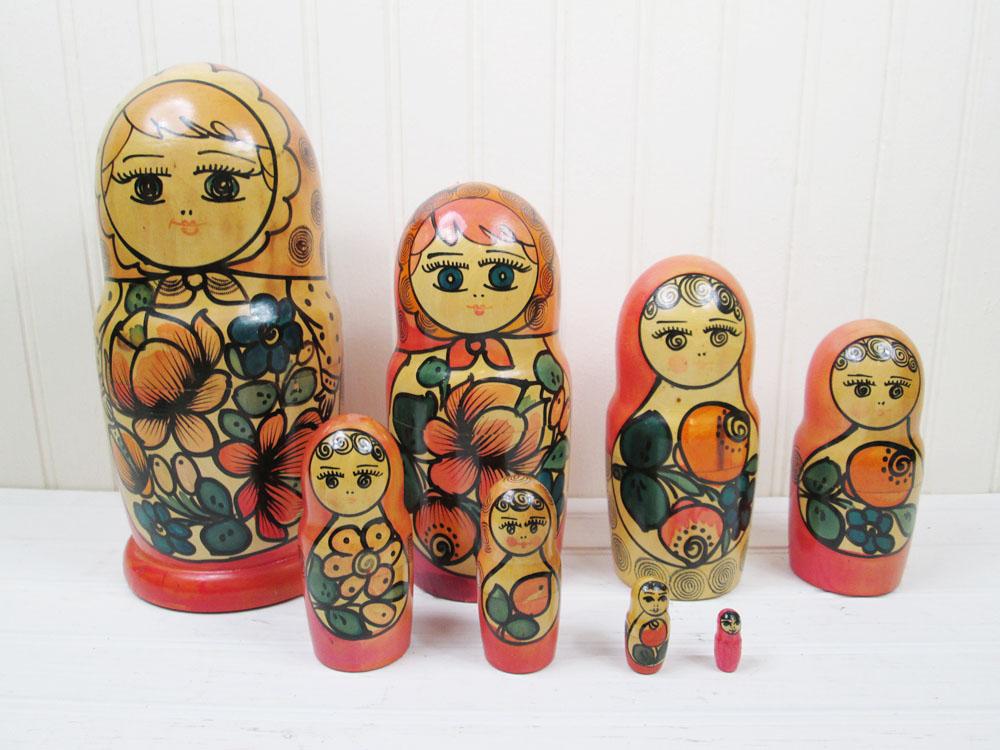 Vintage Large Russian Nesting Doll 8 Piece Matryoshka