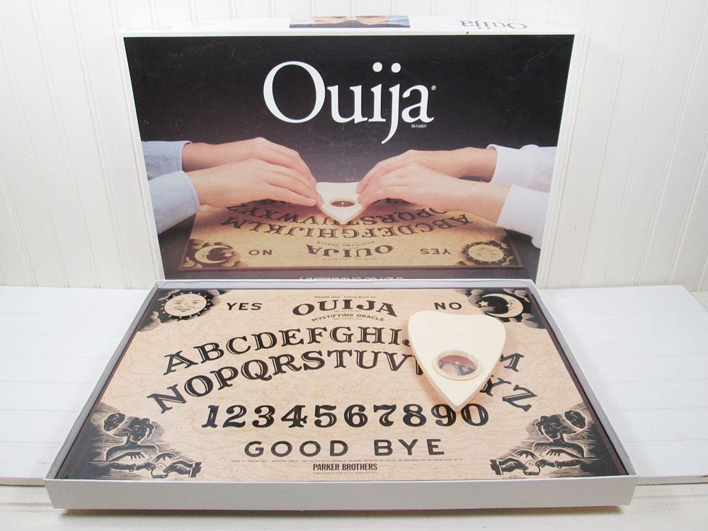 Vintage Ouija Board Parker Brothers 1992