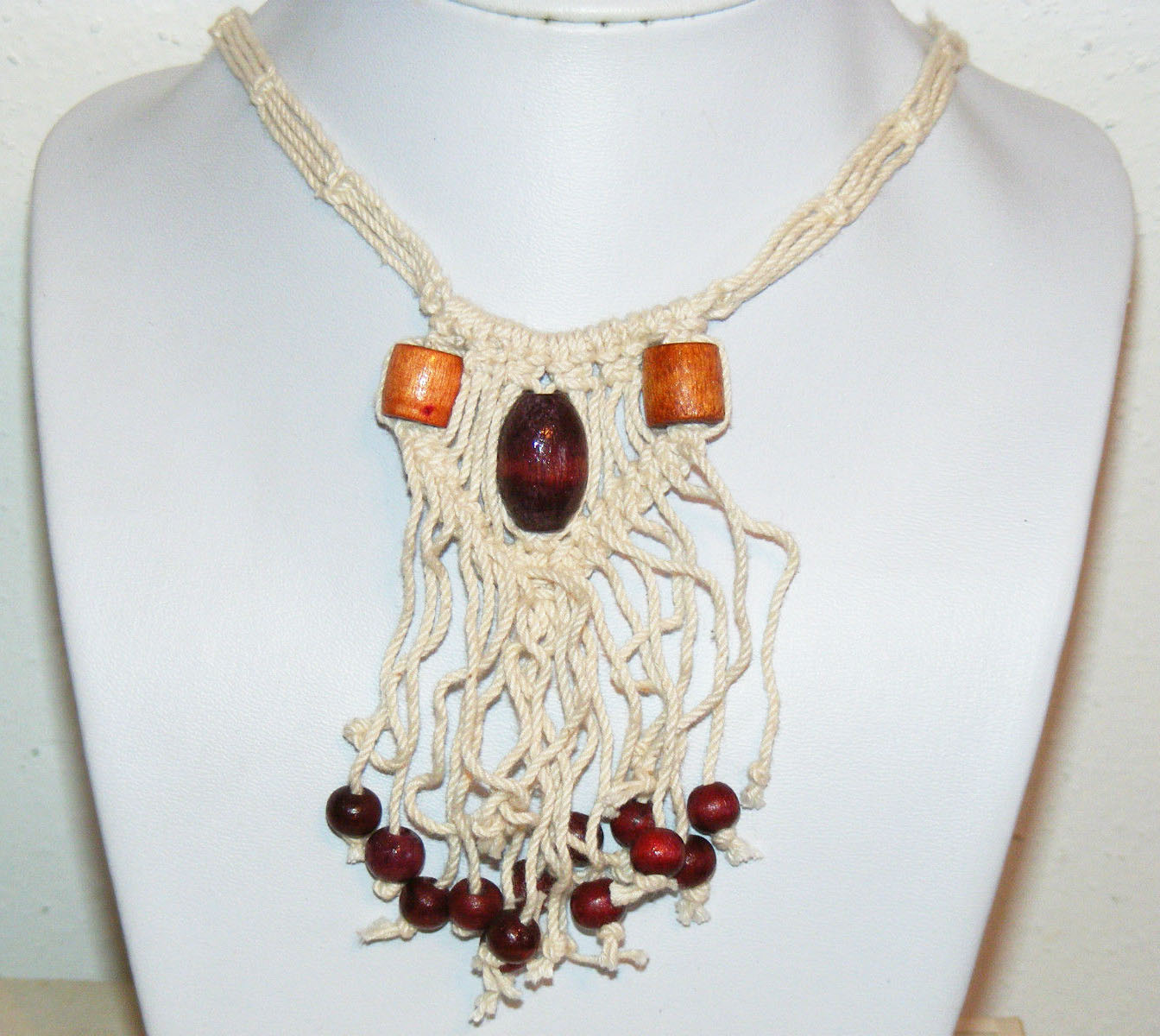 macrame bead necklace