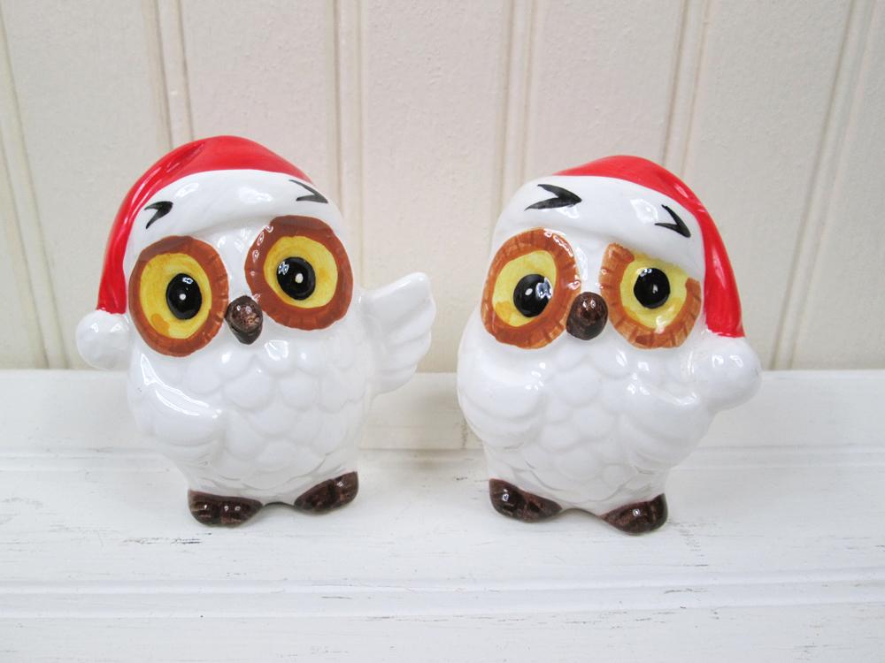 Vintage Norcrest Christmas Owl Salt & Pepper Shaker Set