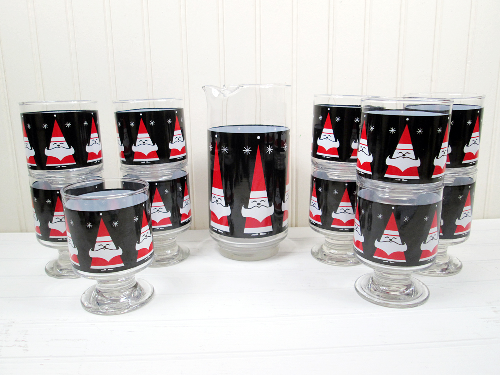 Vintage Libbey Holt Howard Happy Santas Cocktail Set