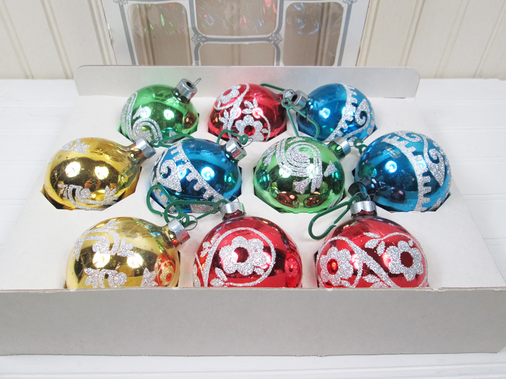 """Vintage 2"""" Glitter Christmas Ornaments Set 10 Glass In Box"""