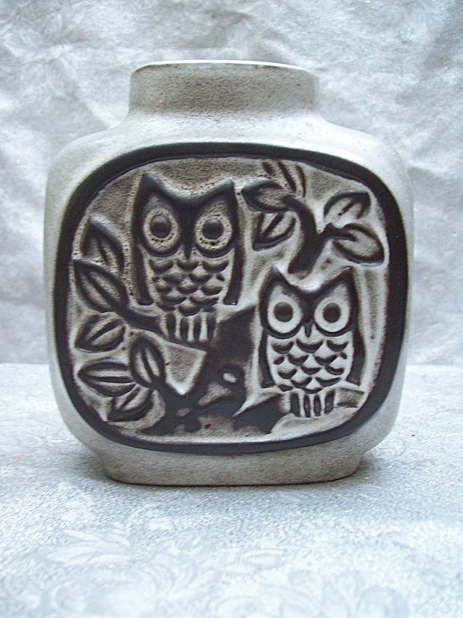 howard pierce owl vase