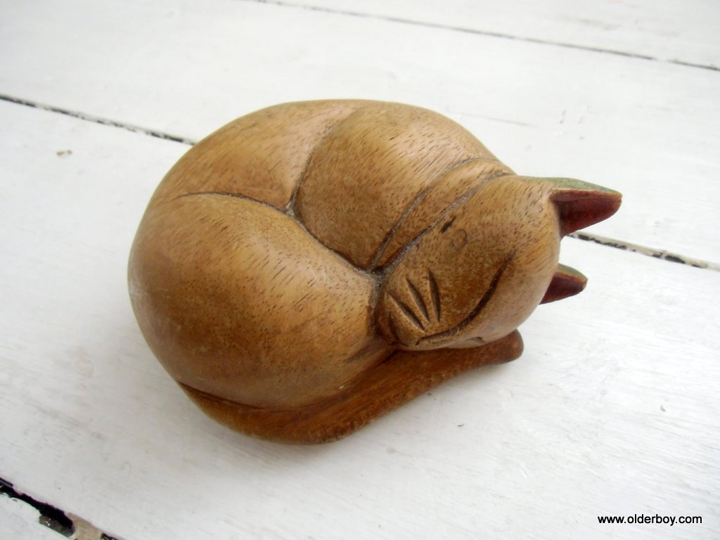 vintage wood sleeping cat figurine