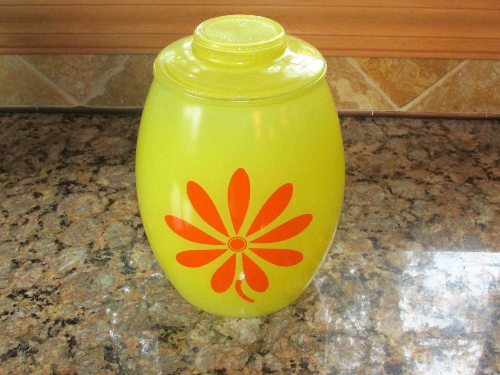 bartlett-collins-yellow-flower-cookie-jar